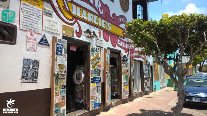 Charlies Bar where to eat in Aruba